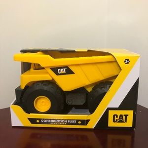 CAT Realistic Construction Fleet Dump Truck NWT